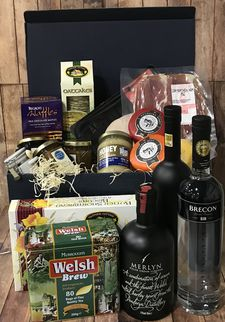 Image: All Products in <em>Hampers :: Hampers over £100</em>